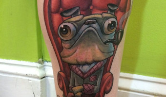 leg-pug-tattoo-on-delaney-frazier-by-scott-olive-of-oddity-tattoo-fl-usa