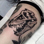 cloak-and-dagger-tattoo-london-01